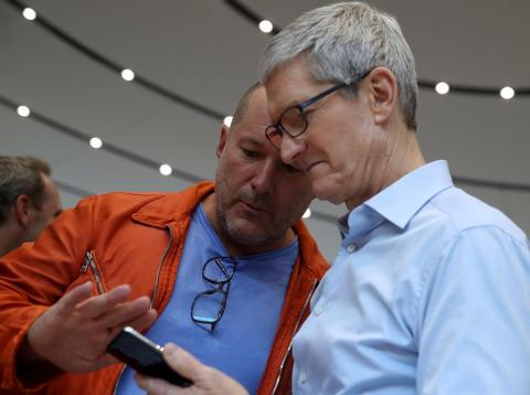 Johnny Ive and Tim Cook