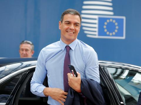 Pedro Sánchez llega a la reunión de líderes europeos.