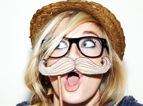 Chica con gafas