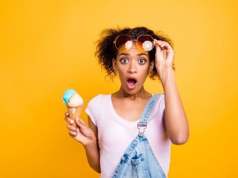 Chica con helado