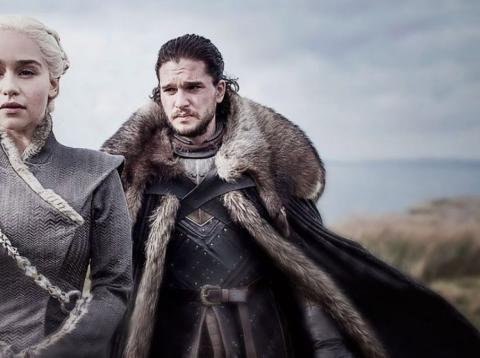 Daenerys y Jon Snow en Juego de Tronos