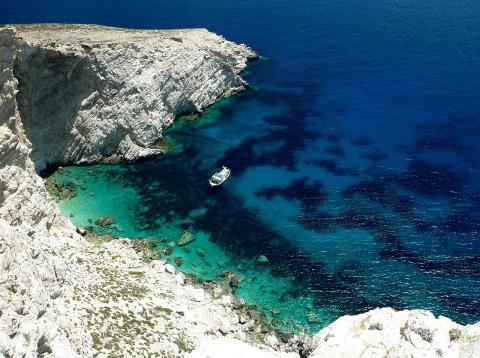 Esta isla paradisiaca griega te paga por vivir en ella.