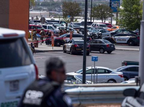 Law enforcement agencies respond to an active shooter at a Wal-Mart near Cielo Vista Mall in El Paso, Texas, Saturday, Aug. 3, 2019.