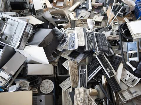 Muchos ordenadores acaban en la basura por la obsolescencia informática