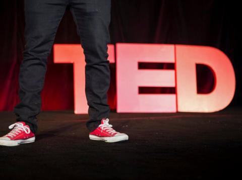 truco que utilizan en la charlas Ted para hablar con calma