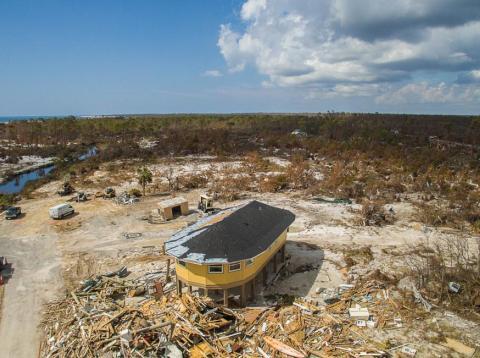 Casa redonda en pie después del huracán Michael