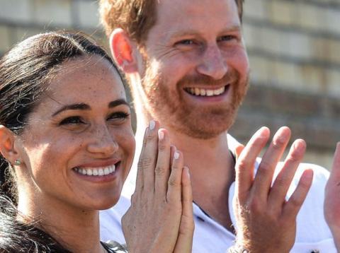 Megan Markle con el príncipe Harry en la gira por África