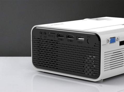 Crosstour Mini Proyector Portátil HD LED 1080P