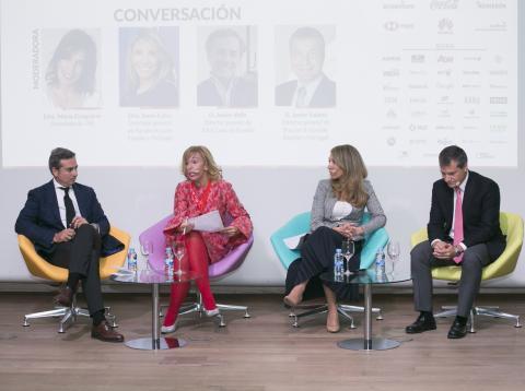 Mesa redonda del congreso multinacionales por marca España.