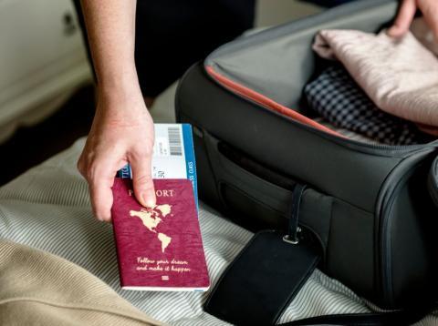 Las mejores maletas de viaje: ¿Compro una de cabina o para facturar?