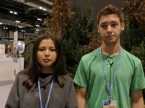 Tamara Toledo y Sebastián Benfeld, portavoces de Fridays For Future Chile.