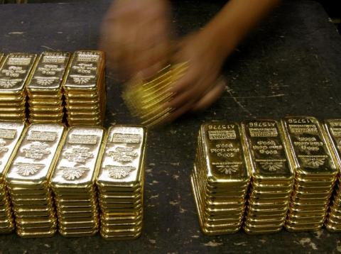 Goldman Sachs says 'gold is a better hedge than oil' as Trump-Iran tensions heat up