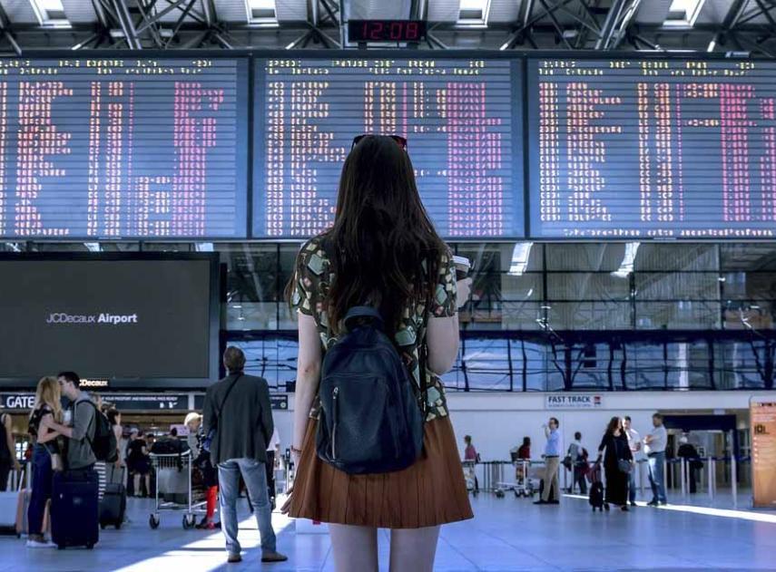 9 trucos para comprar vuelos baratos sin importar el destino