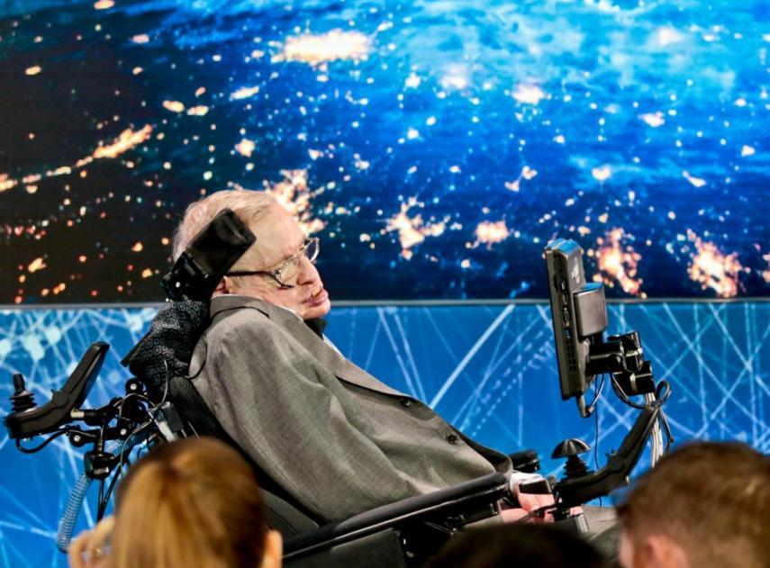 La última investigación de Stephen Hawking podría ayudar a encontrar evidencias de universos paralelos
