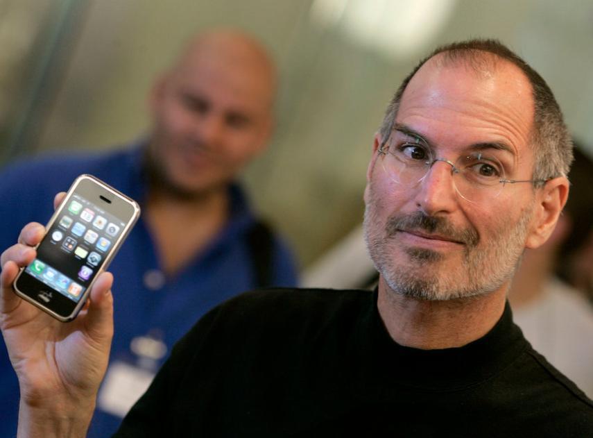 Esta es la peculiar razón por la que Steve Jobs cambiaba de coche cada 6 meses