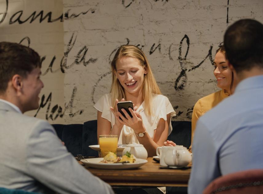 5 apps con las que luchar contra tu amigo tacaño que nunca lleva efectivo