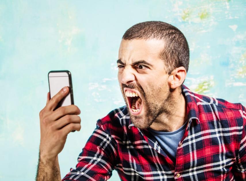 7 buenas ideas para reutilizar ese móvil antiguo que ya no usas