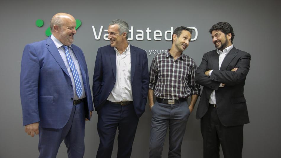 Fundadores de Validated ID. De izquierda a derecha: Santi Casas (CEO), Jaume Fuentes (CSO), Ivan Basart (CTO) y Fernando Pino (CLO).
