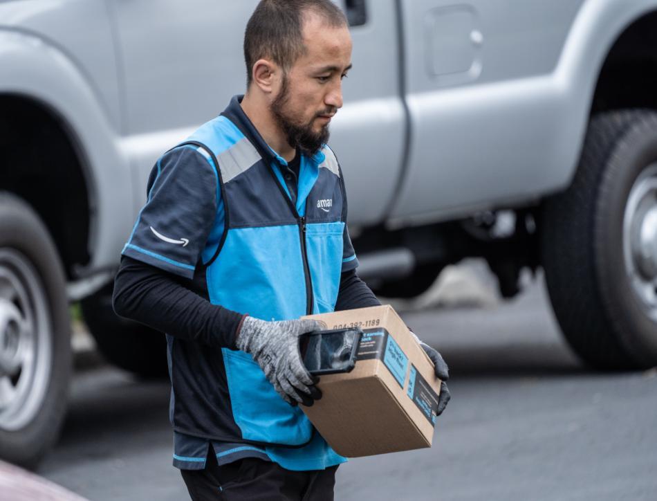 Repartidor Amazon Prime