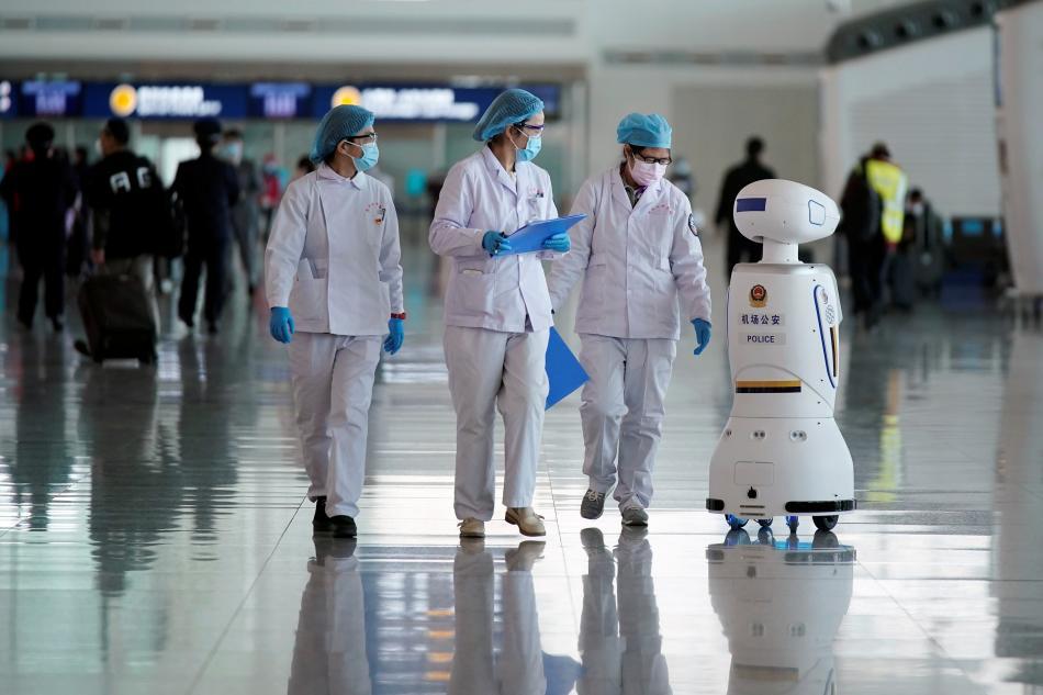 robot paseo con médicos