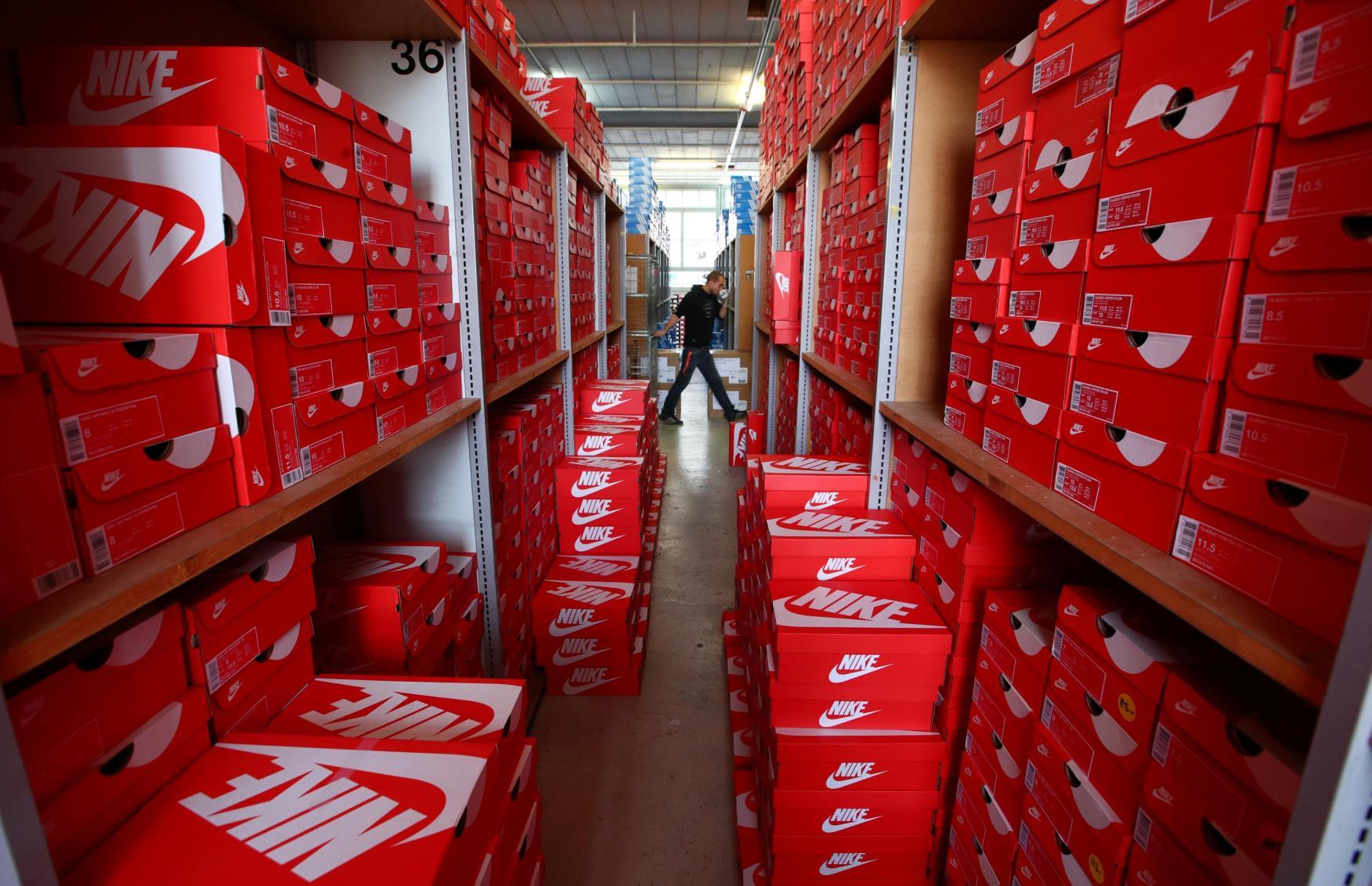 comerciante Montaña Kilauea cualquier cosa  Este es el sueldo de un empleado de Nike en España | Business Insider España
