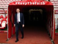 Sunderland se ofrece a cambio del pago de la deuda
