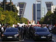 Conductores de Uber y Cabify, en una manifestación en Madrid contra el decreto del Gobierno, el 27 de septiembre de 2018.