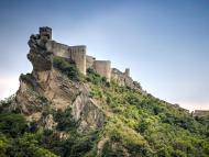 Un pequeño pueblo del sur de Italia ofrece un castillo para bodas y otros eventos por 100 euros la noche.
