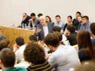 Juan Roig en una charla en Lanzadera.