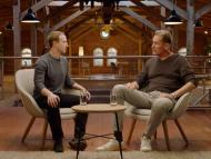 El CEO de Facebook, Mark Zuckerberg (izq.) y el CEO de Axel Springer, Mathias Dopfner.