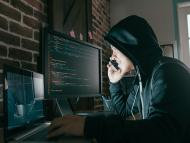 7 encargos ilegales que puedes hacerle a un hacker, y lo que cuestan