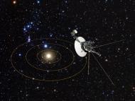 Ilustración del Sistema Solar y la Voyager