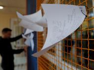 Listas del censo en un colegio electoral durante las elecciones generales de noviembre de 2019