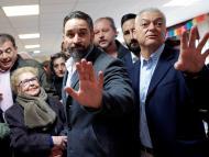 Santiago Abascal votando.