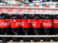 Coca-Cola says it has no plans to ditch its plastic bottles.
