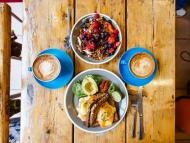 Eggs, fruits, vegetables, and whole grains help to make up a DASH-friendly breakfast.