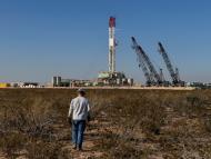 Trabajador de una refinería de petróleo.