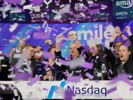 Celebración en el Nasdaq tras la OPV de Smile.
