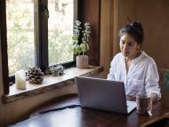 Los MBA online se están popularizando entre estudiantes que buscan formas asequibles y cómodas de obtener un título avanzado.