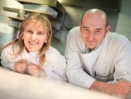 Los chefs Yolanda León y Juanjo Pérez del restaurante Cocinandos