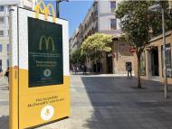 Uno de los mupis que McDonald's ha instalado en España para hacer pedidos desde la calle.