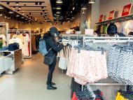 Una tienda de H&M reabierta tras el confinamiento por el coronavirus