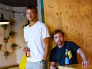 Los fundadores de Glovo, Oscar Pierre y Sacha Michaud.