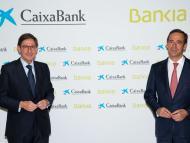 El presidente de Bankia y futuro presidente de CaixaBank, José Ignacio Goirigolzarri, y el consejero delegado de la entidad, Gonzalo Gortázar