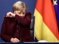 Angele Merkel tosiendo.