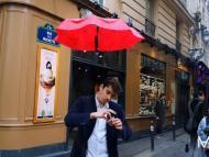 DroneBrella, el paraguas sin manos que te sigue