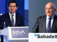 Los presidentes de BBVA, Carlos Torres, y del Sabadell, Josep Oliú