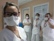 Enfermeras llevando mascarillas FFP2