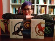 Pilar Ramírez con algunos de sus libros traducidos