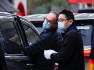 Peter Ben Embarek, miembro del equipo de la Organización Mundial de la Salud (OMS) fuera del Centro de Servicio Popular del Partido Comunitario de Jiang Xin Yuan, en Wuhan, China.